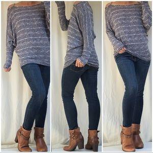 HAUTE Long Sleeve Pull Over Sweater